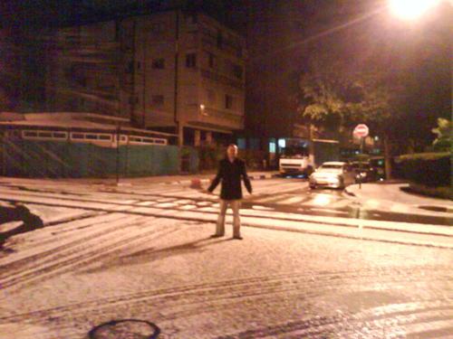 snow in petach tikva